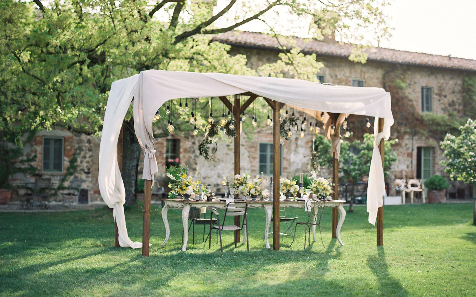 04-tavola tenda bianca